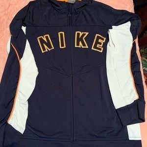 Nike sweatshirt !